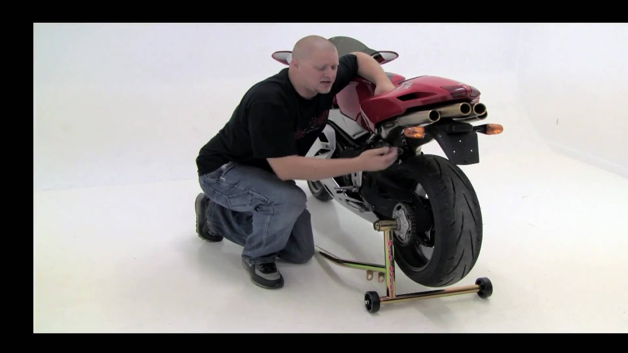 using pit bull one armed rear stands on motorcycles with single
