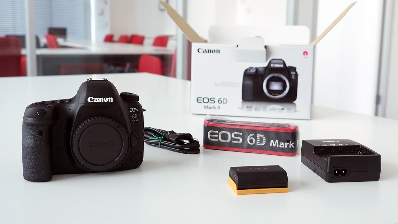 Unboxing CANON EOS 6D Mark II