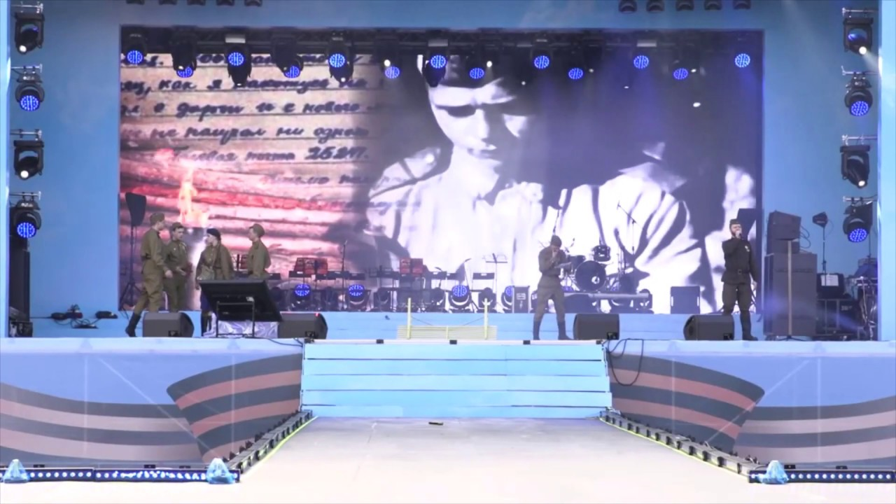 """Артисты """"Созвездие Урала"""" ОДО ЦВО продолжают радовать военными песнями """"Темная ночь"""""""
