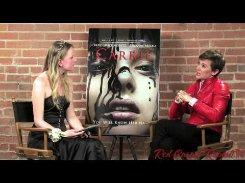 """Interview with Kimberly Peirce, Director of """"Carrie"""" (2013) #CarrieBloodDump @CarrieMovie"""