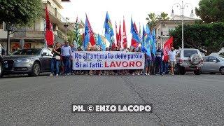 LOCRI la Manifestazione dei lavoratori del Call & Call Lokroi (by EL)