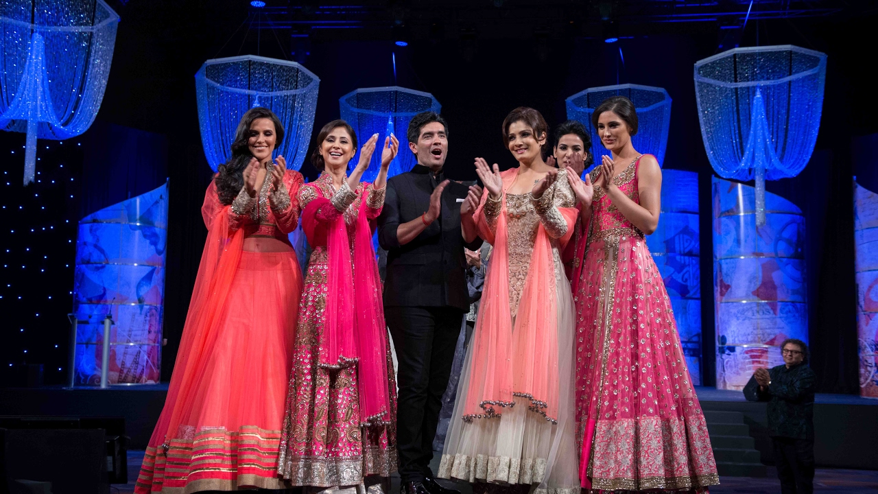 How Indian Fashion Designer Manish Malhotra Got His Big Break Youtube