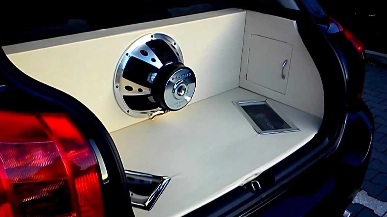 HIFONICS // CRUNCH Kofferraumausbau Car Hifi (Toyota Corolla E12 ...