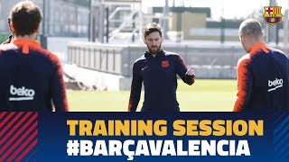 Baixar First training session ahead of Barça-Valencia