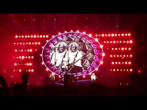 Queen + Adam Lambert Live in Taipei - Radio Gaga