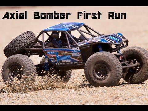 Axial Bomber First Run - Blister'n Raceway
