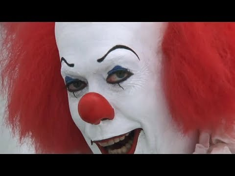 ESE PAYASO CREEPY DE LOS 90: Stephen King's IT Review