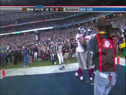 [Highlight] Eli Manning escapes from defenders to avoid the sack and completes the pass to David Tyree, who secures the ball on his helmet; in that same drive, Manning completes the game winning td pass to Plaxico Burress to beat the 18-0 New England Patriots in SuperBowl 42.