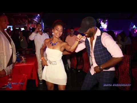 Son cubano en Salon Rojo de Capri, La Habana, Cuba.  Alberto Valdes. Roly Maden