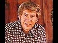Capture de la vidéo Buck Owens Radio Interview By Bobby Hodge  In 1965