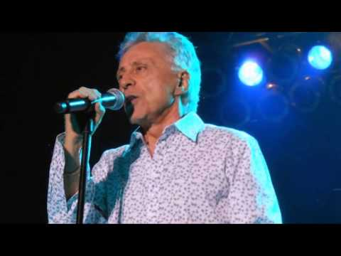 Frankie Valli The Actual Jersey Boy Finally Plays Broadway