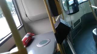 в московских автобусах в жару в салоне работает печка