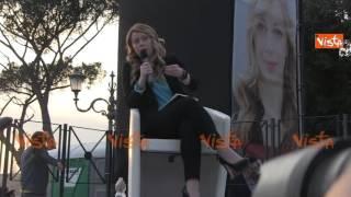 MELONI: IN ITALIA NON SI FANNO PIÙ FIGLI PERCHÈ E' UN BENE DI LUSSO