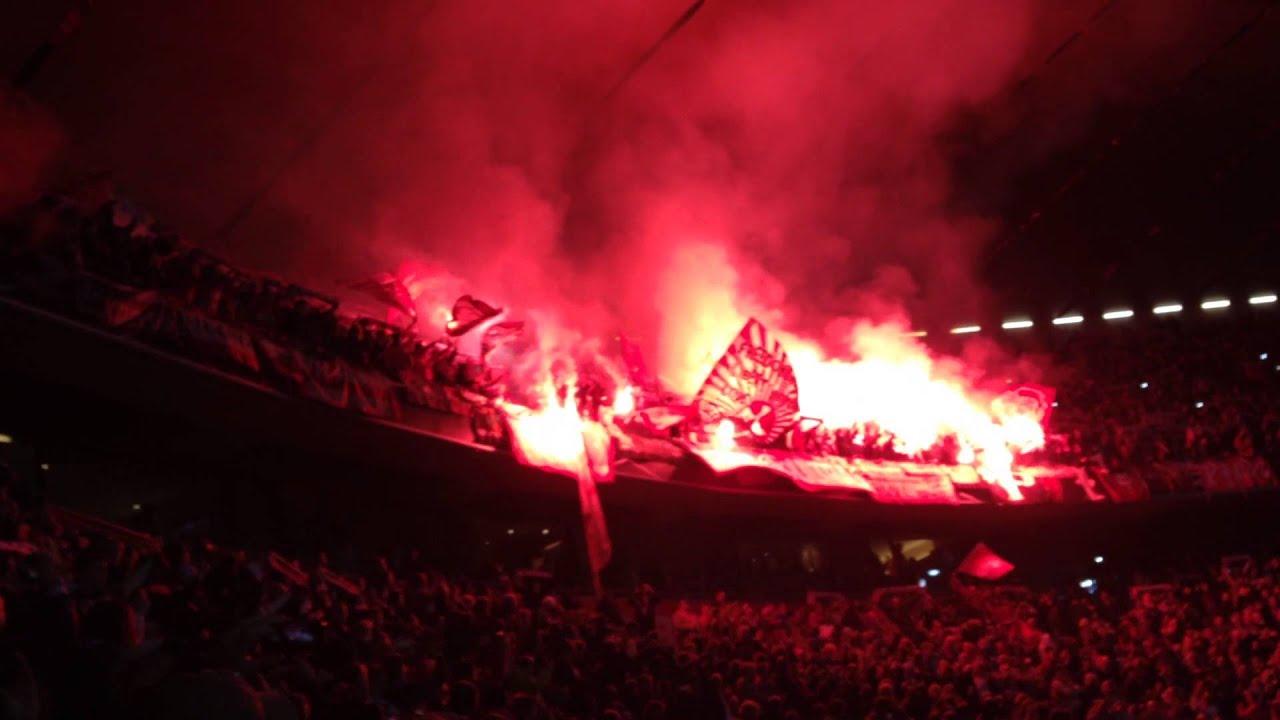 Bayern M 252 Nchen 1 Fc Kaiserslautern Fck Pyro Allianz