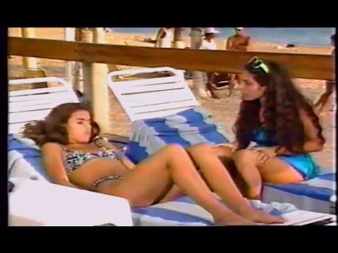 Allisson Lozz En Bikini