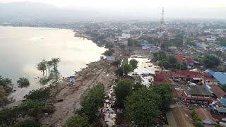 Tsunami in Indonesien: Mehr als 800 Tote