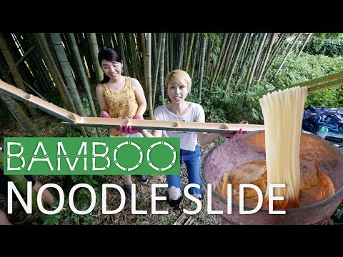 Bamboo noodle slide!!! Summer fun in Japan! (Subtitled!)