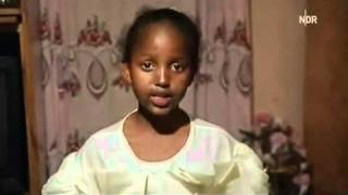Repeat youtube video Beschneidungsrituale 5/9 Frau - Satanslehre