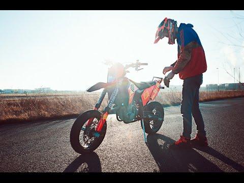 The last Supermoto stunt ride | Mäx Sneaker | Hamburgwheeliekidz