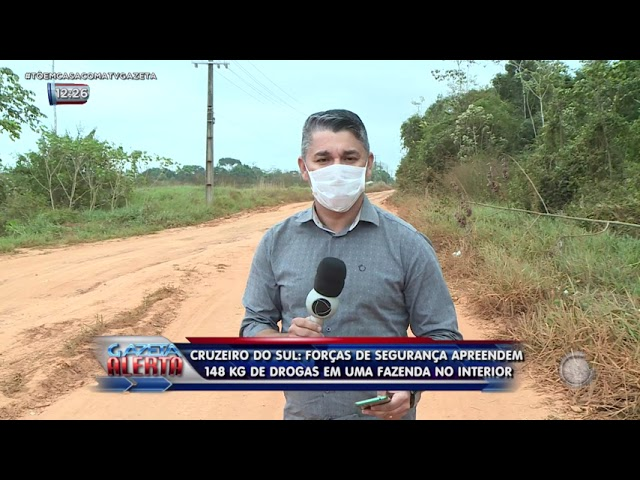 Polícia apreende 148 kg de drogas enterrados numa fazenda no município de Cruzeiro do Sul