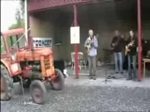 trattore musicista