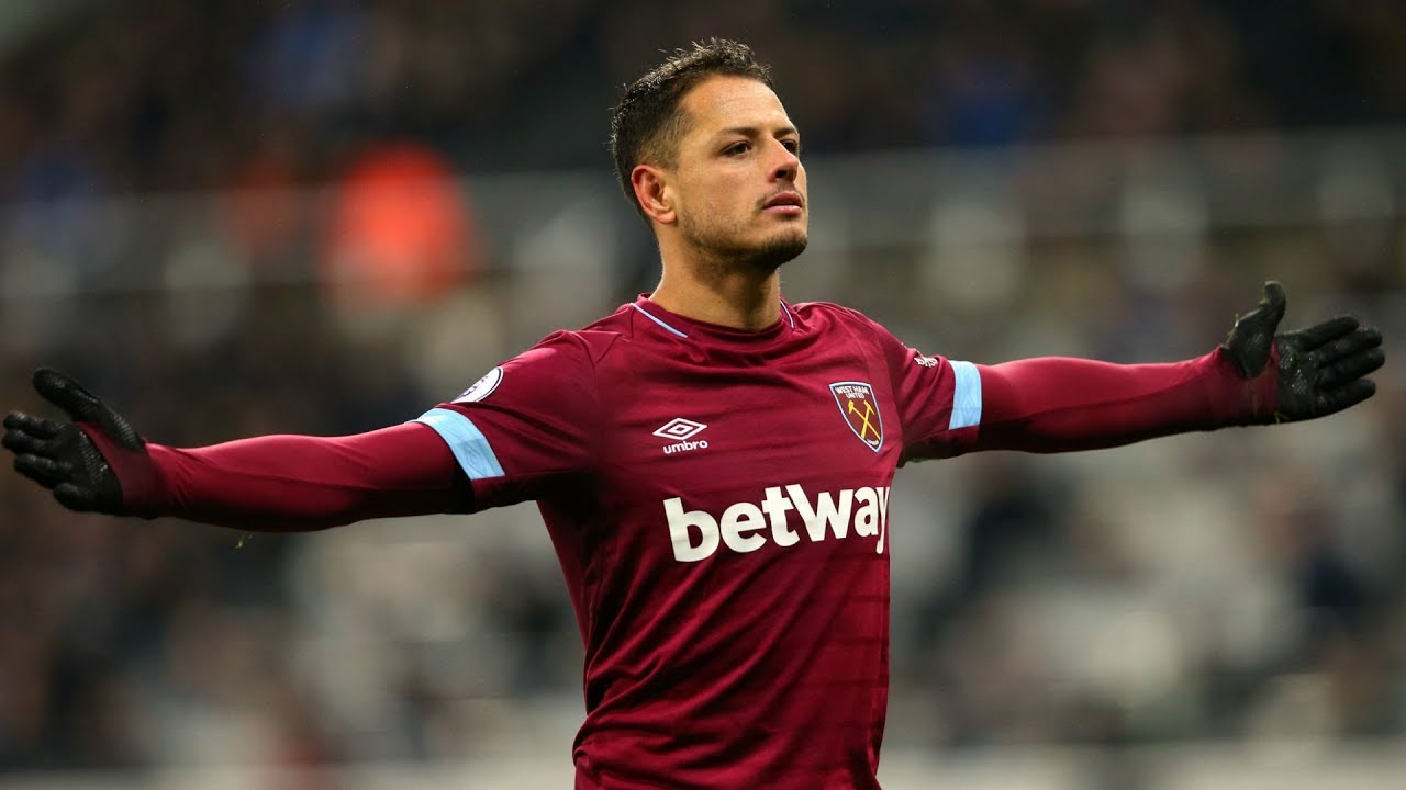 a0b44bc38 Chicharito Agrees terms with Valencia    Improved £45m bid for Arnautovic   Wilson for £75m