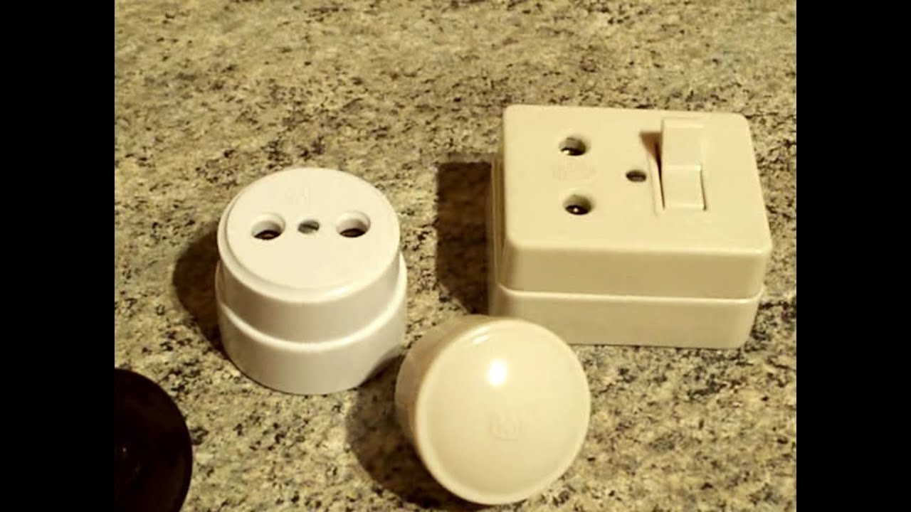 Plugs Switched Unswitched 2 Pin 5A Sockets By MK BS 372