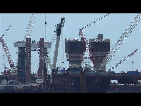 Строительство Керченского моста (август, 2017).