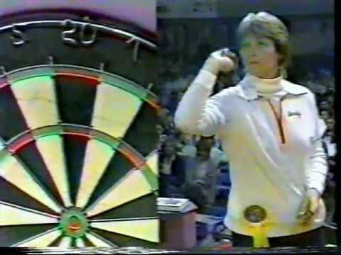 Women's World Cup Singles Darts Final 1983 Sandy Reitan v Sandra Lee