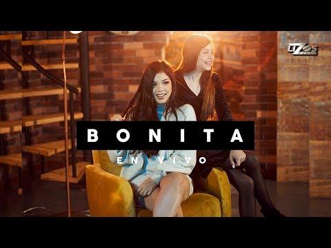 Kenia Os & Eloisa Os - Bonita version acústica (en vivo)