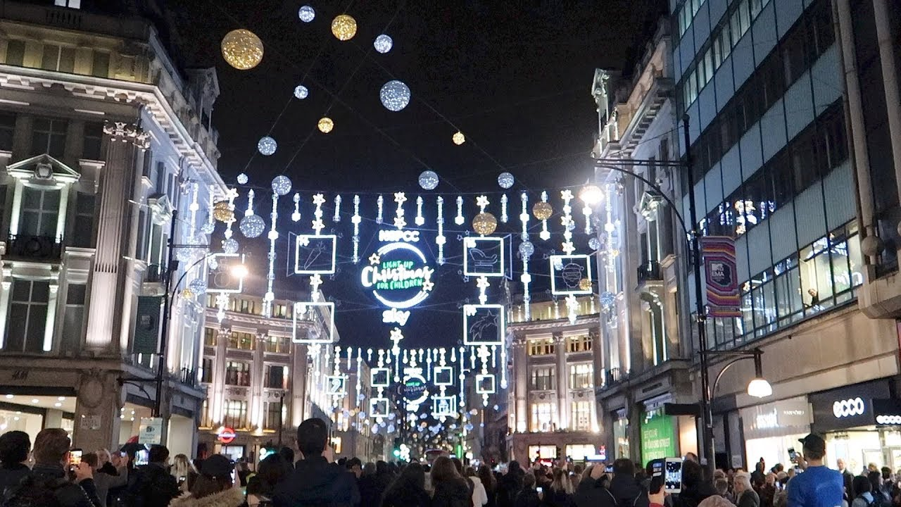 London Oxford Street Christmas Lights Switch On 2017 Youtube Oxoford Circus Underground Station