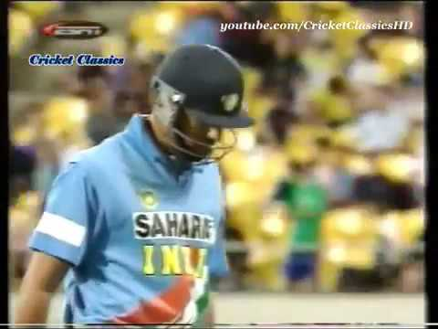 Yuvraj Singh and Zaheer Khan Match Winning Partnership vs New Zealand   VICTORY FROM JAWS OF DEFEAT!