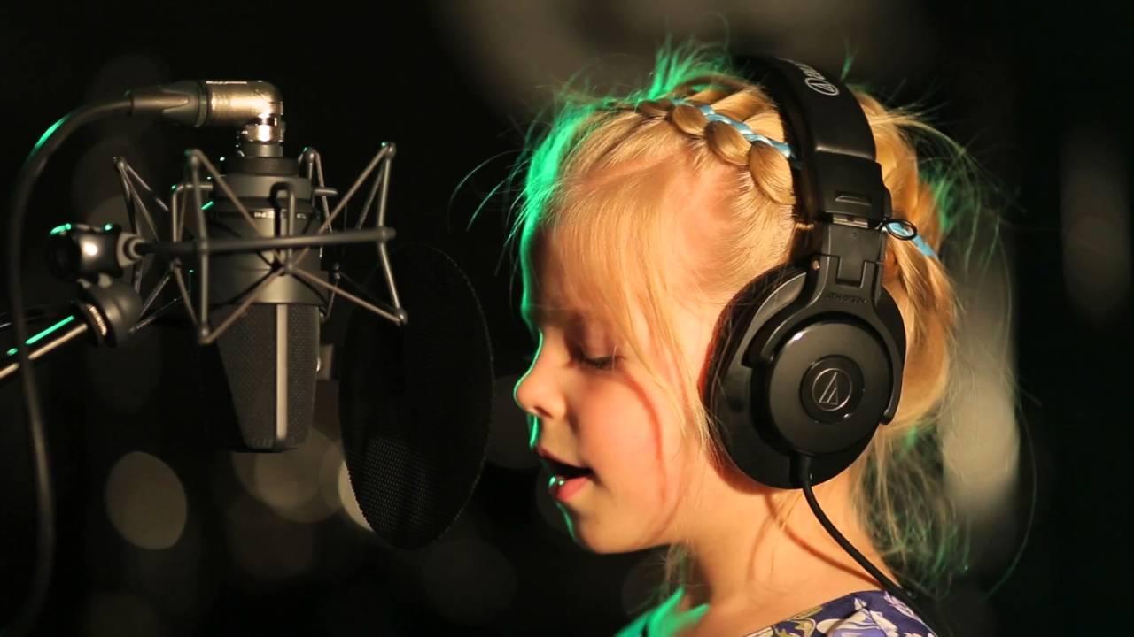 Скачать песню про папу и дочку.