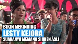 Download lagu SUARA NYINDEN LESTI YANG MENGGETARKAN JIWA - LIVE OFF AIR MAJALAYA BANDUNG