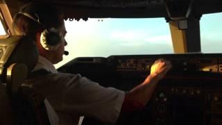 Заход на посадку в а/п Майами Боинг 747-400 Трансаэро
