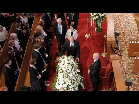 Funeral Services Held on Temple Square for Elder L. Tom Perry
