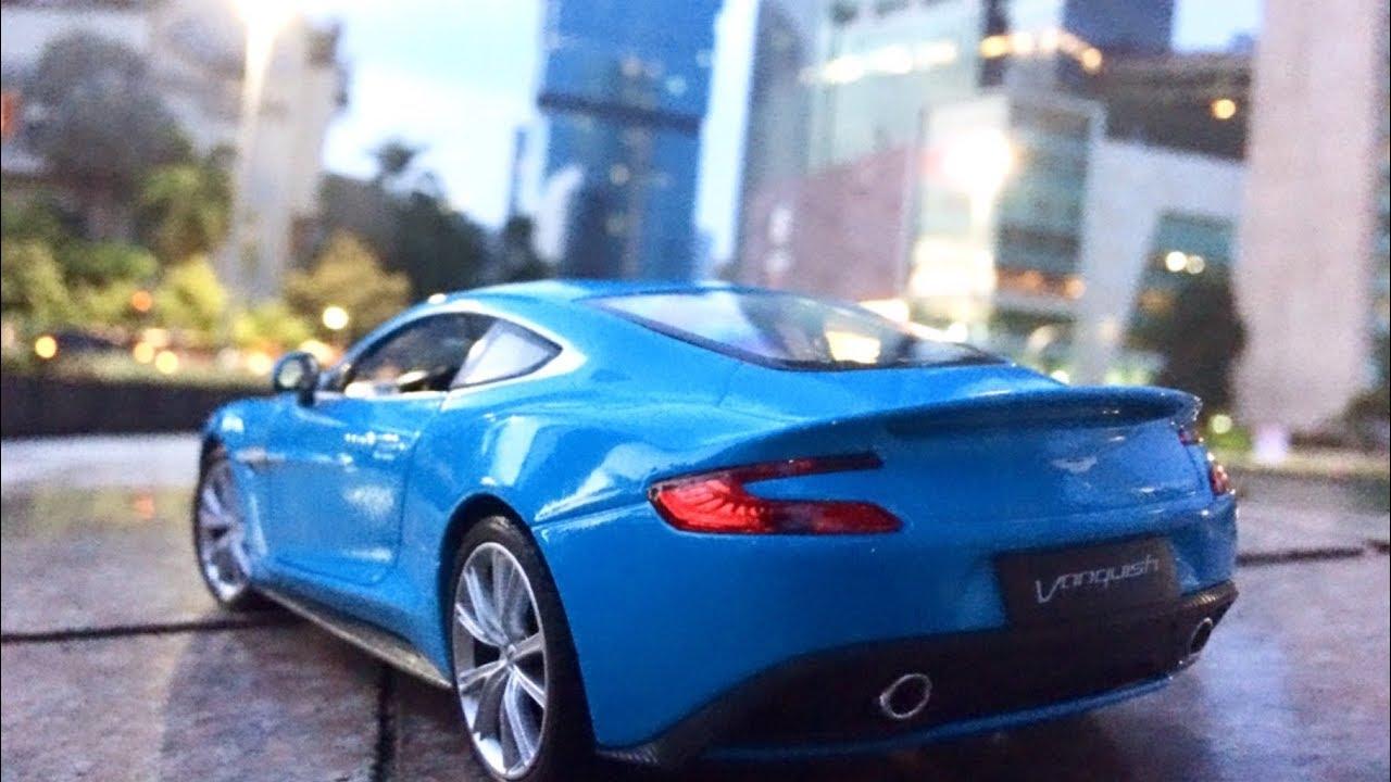 Unboxing Diecast Miniatur Mobil Aston Martin Vanquish Skala 1 24 Youtube