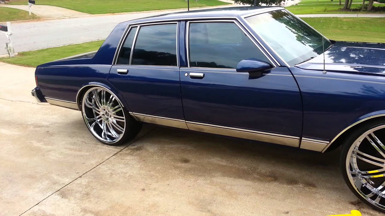 Box Chevy Caprice On 26s Youtube