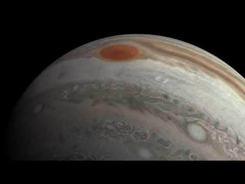 """A """"Flight"""" Over Jupiter"""