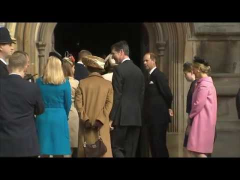 Queen joined by Duke & Duchess for Easter service