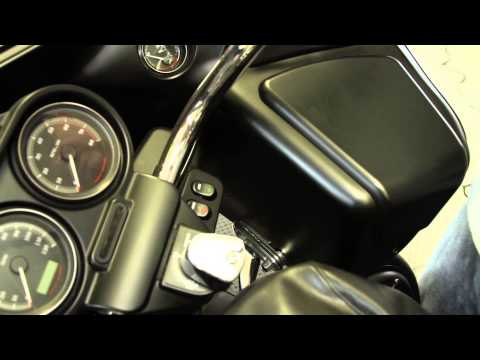 Removing the Fairing on a 2011 Harley-Davidson Road Glide Ultra