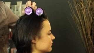 How to Use Hot Rollers in Short Hair : Shoulder-Length & Short Hairstyles