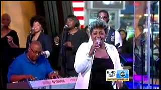 ANITA BAKER IS BACK -  SWEETEST DREAMS
