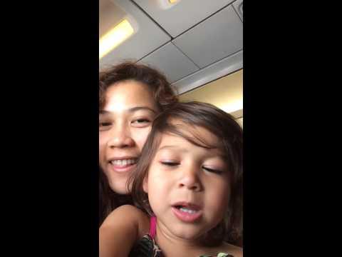 Si tita Jessa ug si ate Yumi di kapuyo sa plane