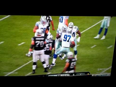 Sean Lee sack on Raiders quarterback Matt Flynn