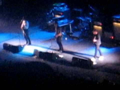 Franz Ferdinand Live @ Mexico City, National Auditorium - Walk Away 2