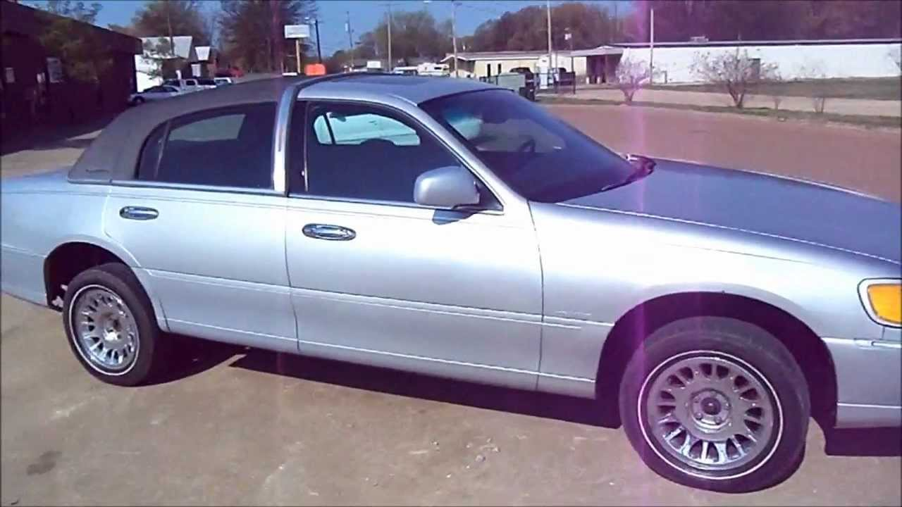 99 Lincoln Town Car 5in Lift For 26s Part 1 Youtube