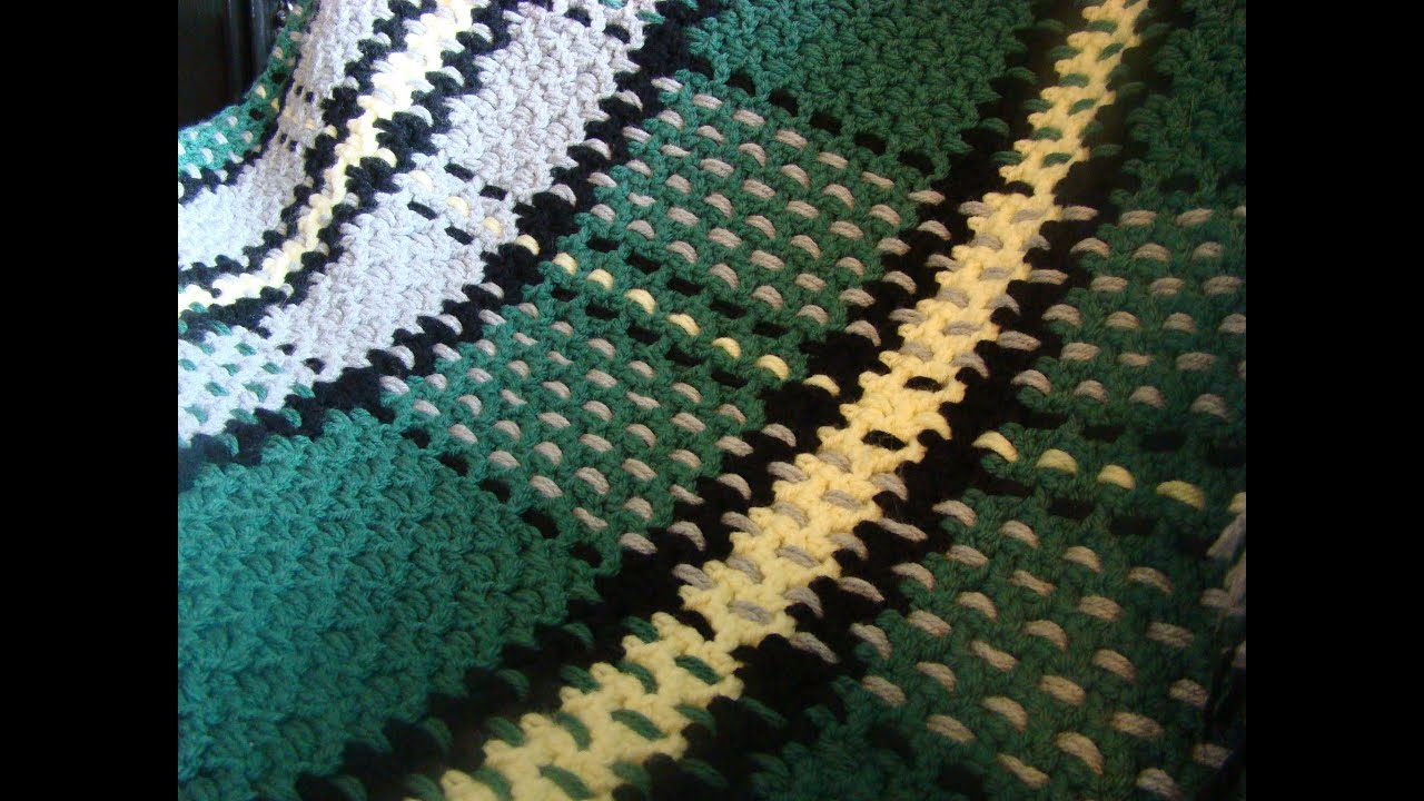 Crochet Plaid Blanket Pattern - YouTube