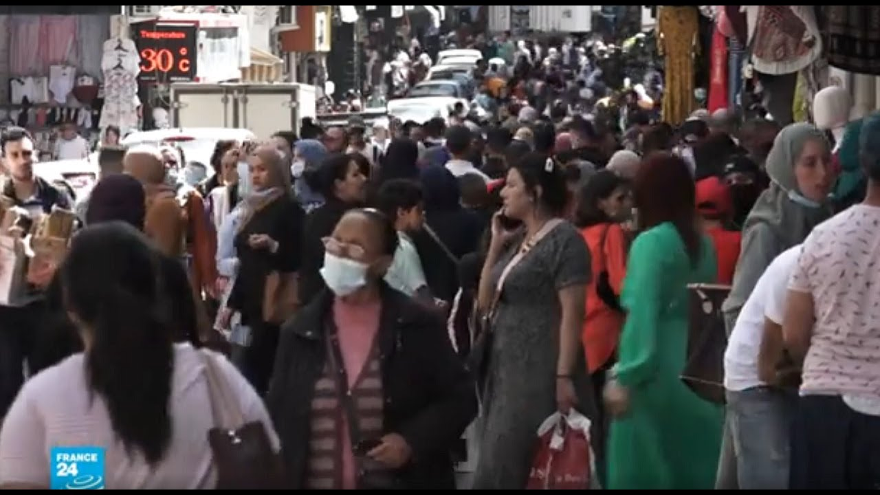 مخاوف في الجزائر من تفاقم الوضع الصحي بسبب التراخي في الالتزام بإجراءات الوقاية من فيروس كورونا  - 13:59-2021 / 5 / 11
