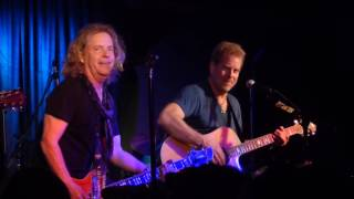 """""""Sister Christian (Acoustic)"""" Night Ranger@Rams Head Onstage Annapolis, MD 12/28/16"""